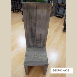 Chaise dossier droit, bois massif, fin de stock