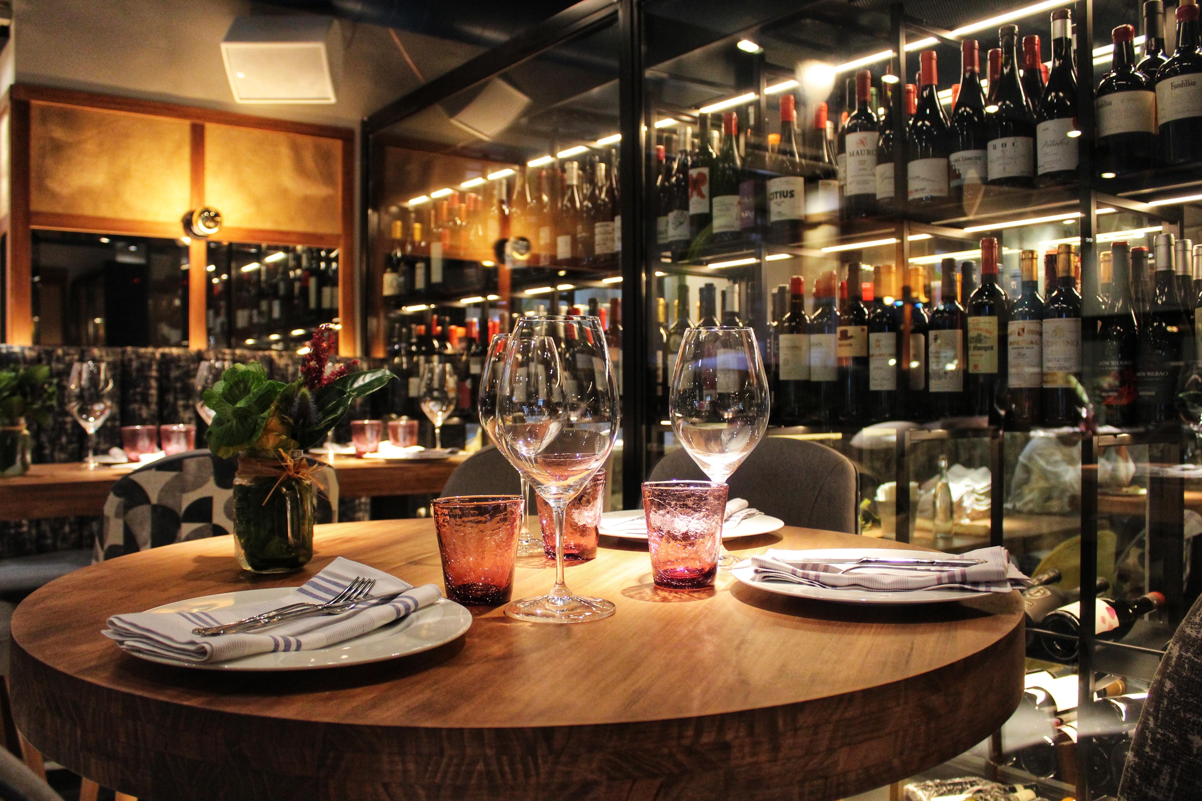 Mobilier Café et Restaurant | TRADIS