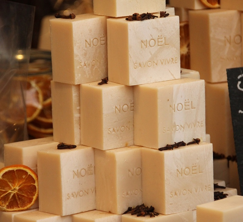 odeur noel epices cannelle